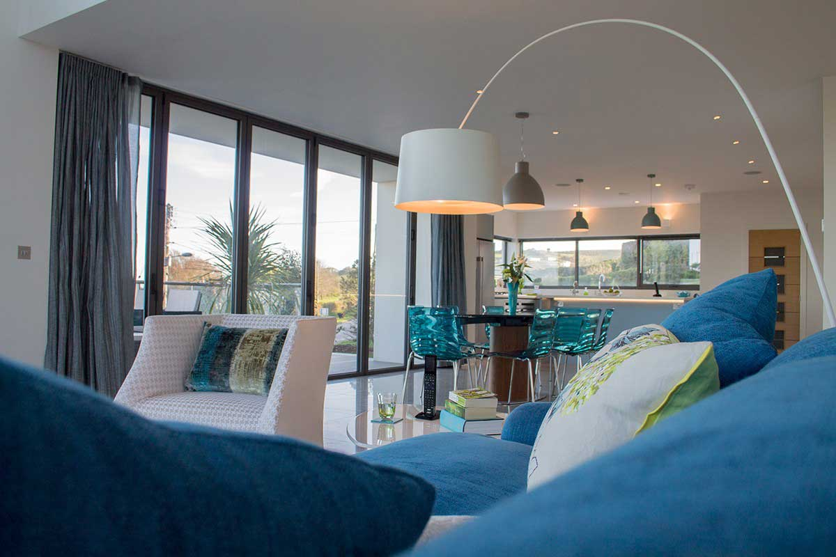 A living room designed by Intelligent Abodes, Devon