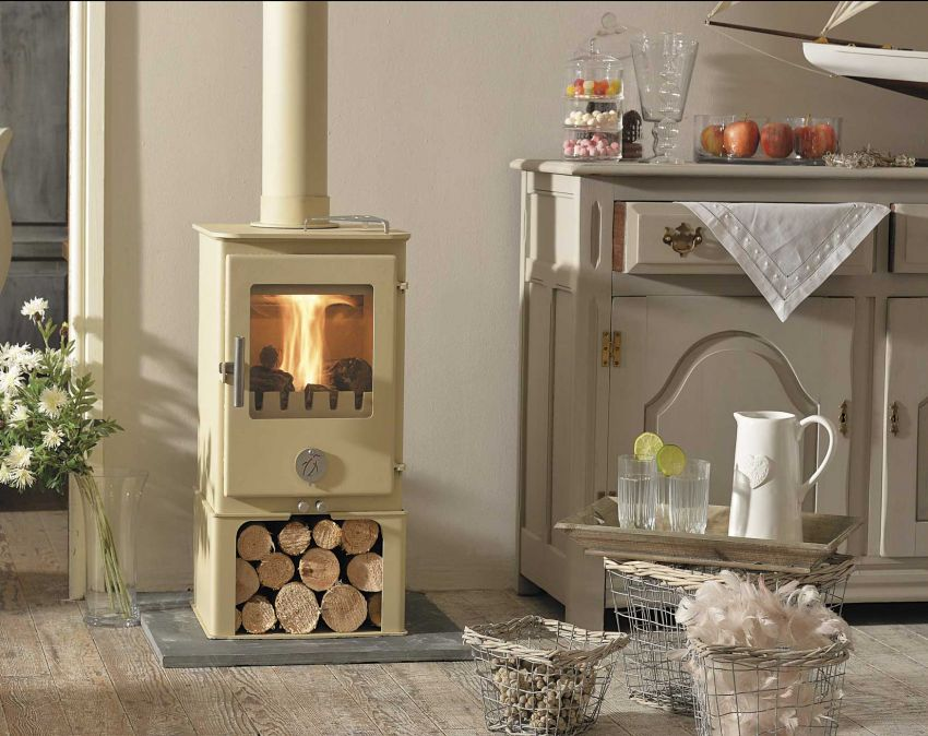 Stove by Chilli Penguin, available from Exeter Stoves and Chimneys