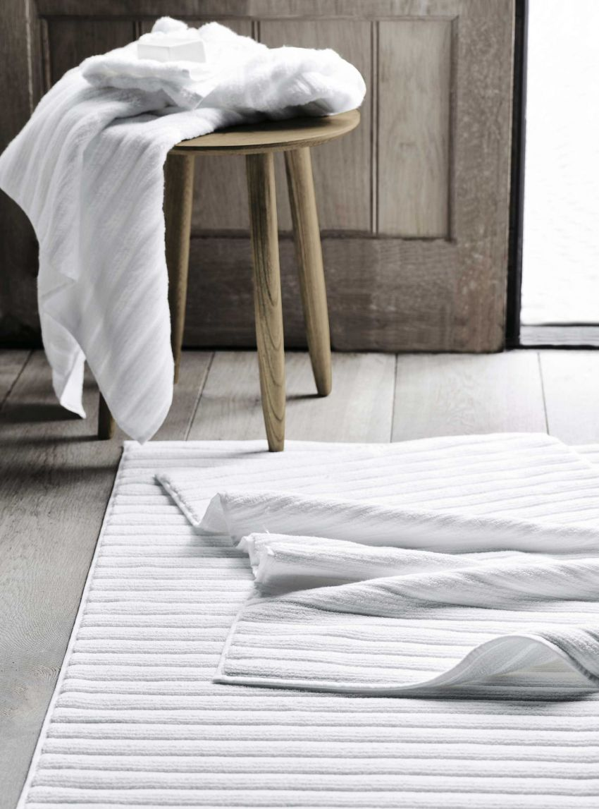 The White Company hydrocotton ribbed bath mat